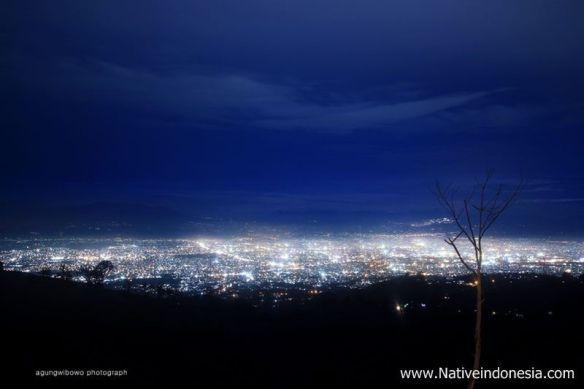 puncak-bintang-bandung-bandung-city-light