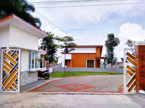 Gate_perumahan di lembang_SiH
