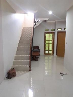 Ruang Keluarga Rumah di Cijambe Perumahan Bandung